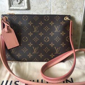Louis Vuitton discontinued lorette Cross Body Bag